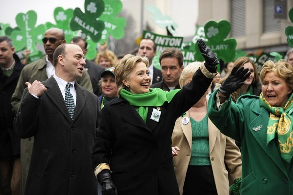 Hillary+Clinton+Attends+St+Patrick+Day+Parade+PXRUO-SvFEDl
